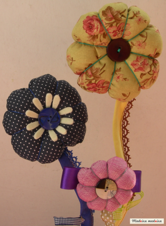 CoCo division, Flores de tela